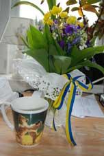 Vackra blommor och presenter från Jennis elever