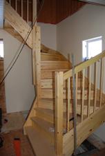 Snart är trappan klar!